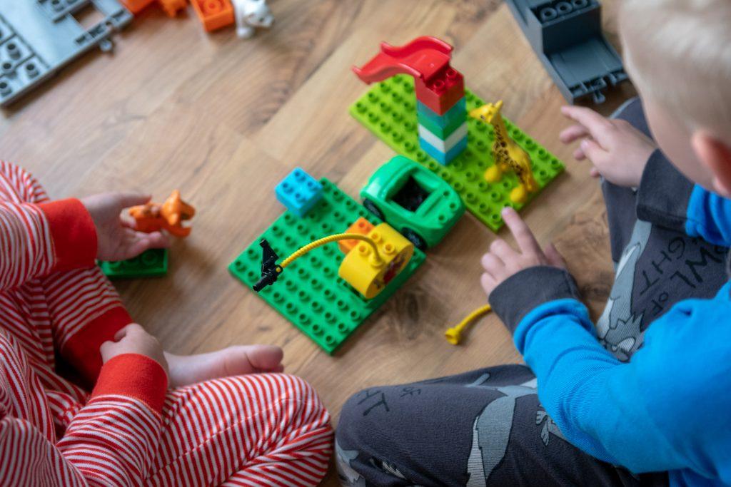 8562d79f185 Istusimegi eile Esileedi ja kolme lapsega mängutoas, pusisime puslesid ja  ma paneks kirja tähelepanekud, mis silma jäid ning milles arvatavasti  enamus teist ...